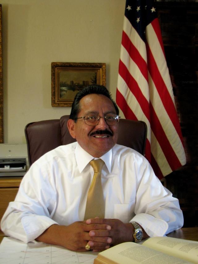Candidato para el distrito 1: Jesús Rosas