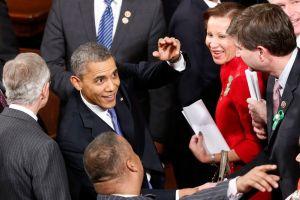 Salario mínimo hasta 9 dólares la hora en 2015, pide Obama