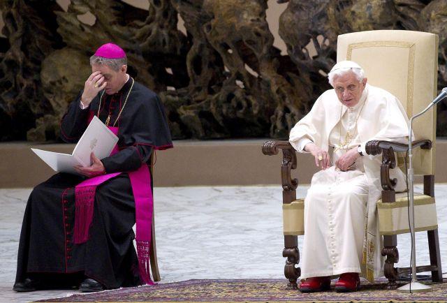 Benedicto XVI quiere cambiar reglas para adelantar el cónclave