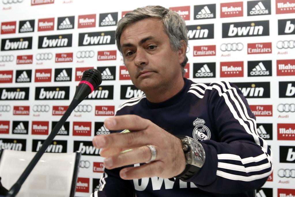 El técnico portugués decidirá el martes el plantel que viajará a Barcelona