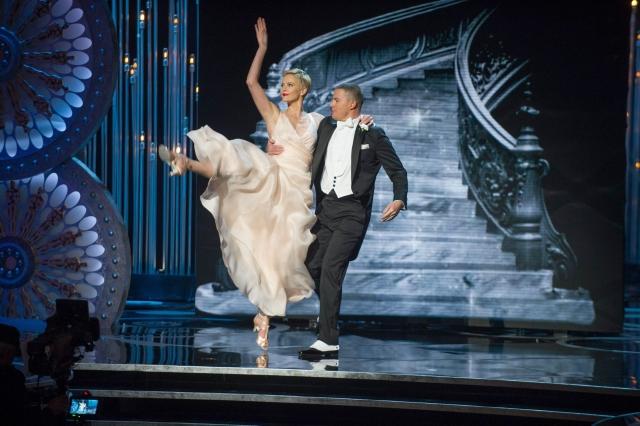 'Argo' triunfa en unos Oscar muy repartidos