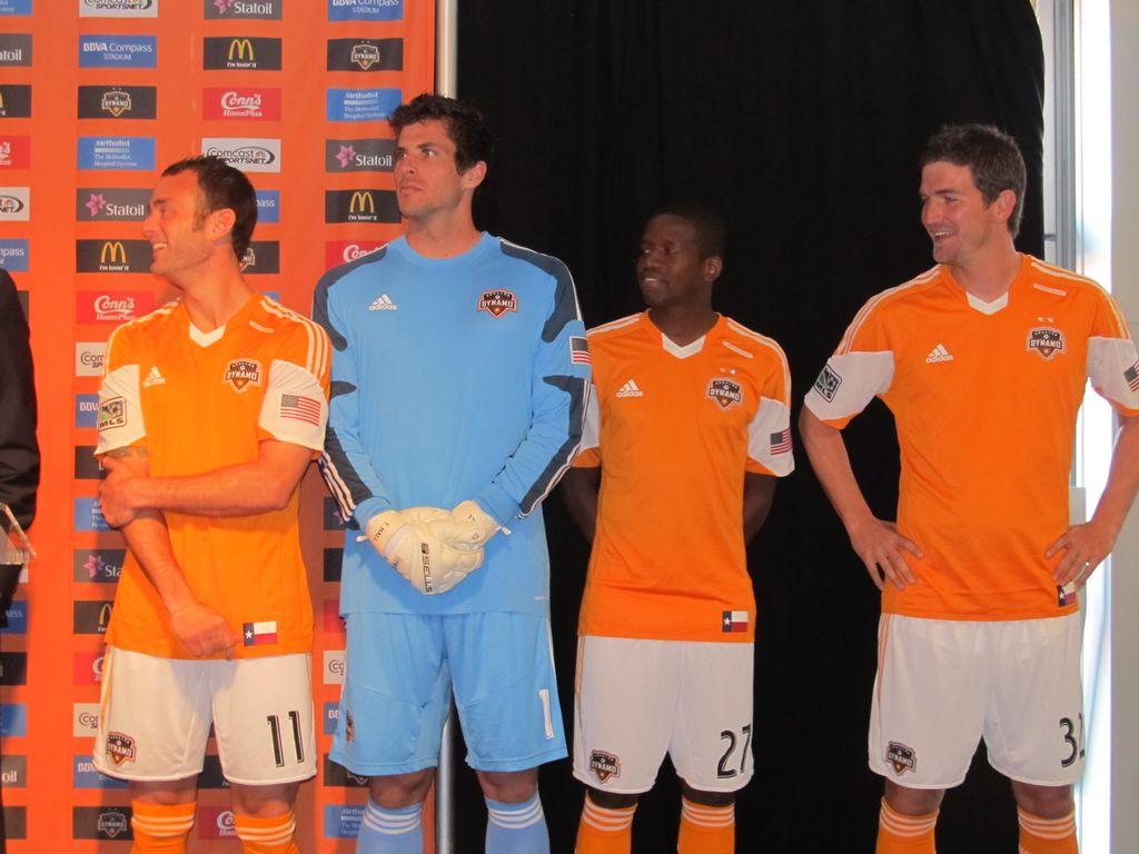 El Houston Dynamo presenta su nuevo uniforme