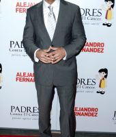 Carlos Ponce anuncia separación