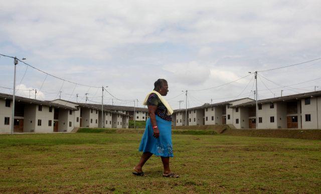"""Construyen casas en Colombia con dinero de narco """"Chupeta"""""""