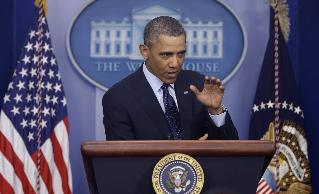 """El país deberá aceptar los recortes. El presidente Barack Obama pidió al país """"apretarse el cinturón""""."""