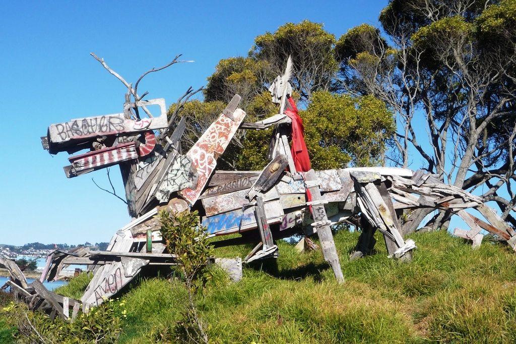 'El Jinete', una de las obras a cielo abierto en el terreno denominado Albany Bulb.
