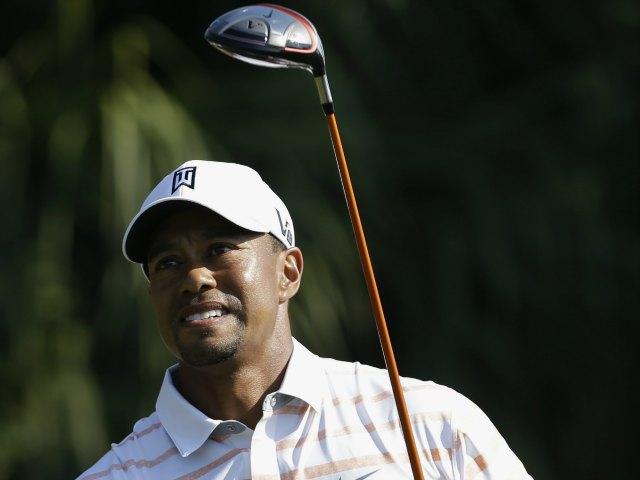 Tiger Woods se mantiene a la cima del Cadillac Championship