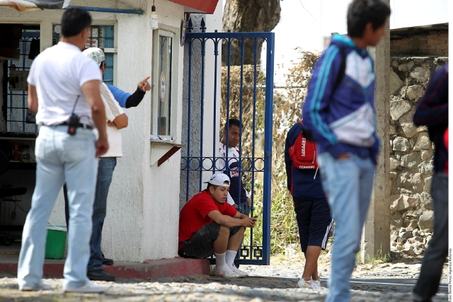 Chivas cierra la puerta a sus fans
