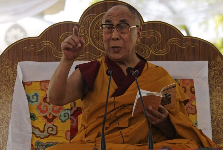 Dalai Lama felicita a Papa Francisco
