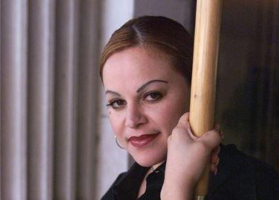 Leila Cobo admira a Jenni Rivera por ser una guerrera (video)