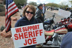 Activistas en Arizona buscan parar posible destitución de Arpaio