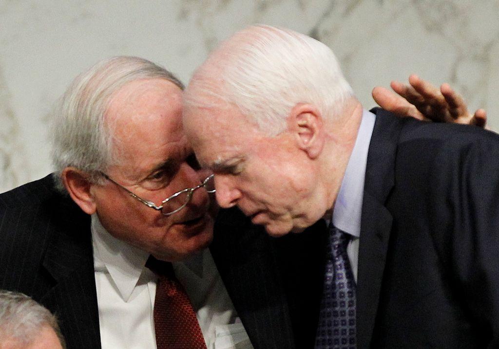 Senadores piden a Obama intervención militar en Siria
