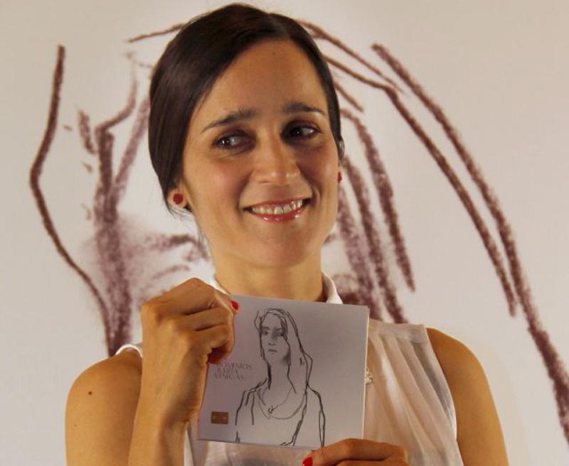 """Julieta Venegas se duele por México en """"Los Momentos"""""""