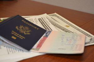 Destapan fraudes de notarios 'mañosos' en Chicago