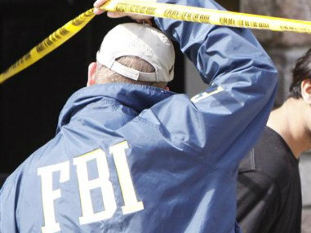 FBI detiene a 3 policías por matar a joven en Puerto Rico