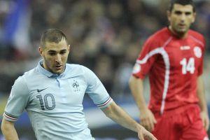Raymond Domenech llama 'inútil' a Karim Benzema