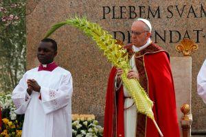 Papa Francisco inicia su primera Semana Santa (fotos)