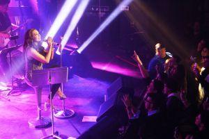 Thalía recorre 30 años de carrera (Fotos y video)