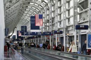 En imágenes: Reportan caos en el Aeropuerto de Chicago por revisión de coronavirus