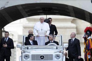 Papa Francisco celebra su primera audiencia pública (Fotos)