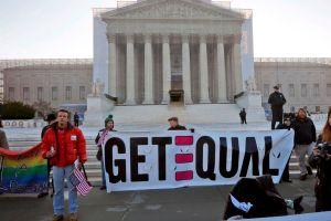 Supremo debate hoy si ley del matrimonio discrimina a gays