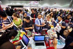 Feria LéaLA rinde homenaje a a Jenni Rivera (fotos)