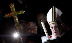 El papa Francisco realiza Vigilia Pascual (fotos)