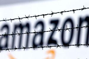 Escritores truenan contra Amazon por compra de Goodreads