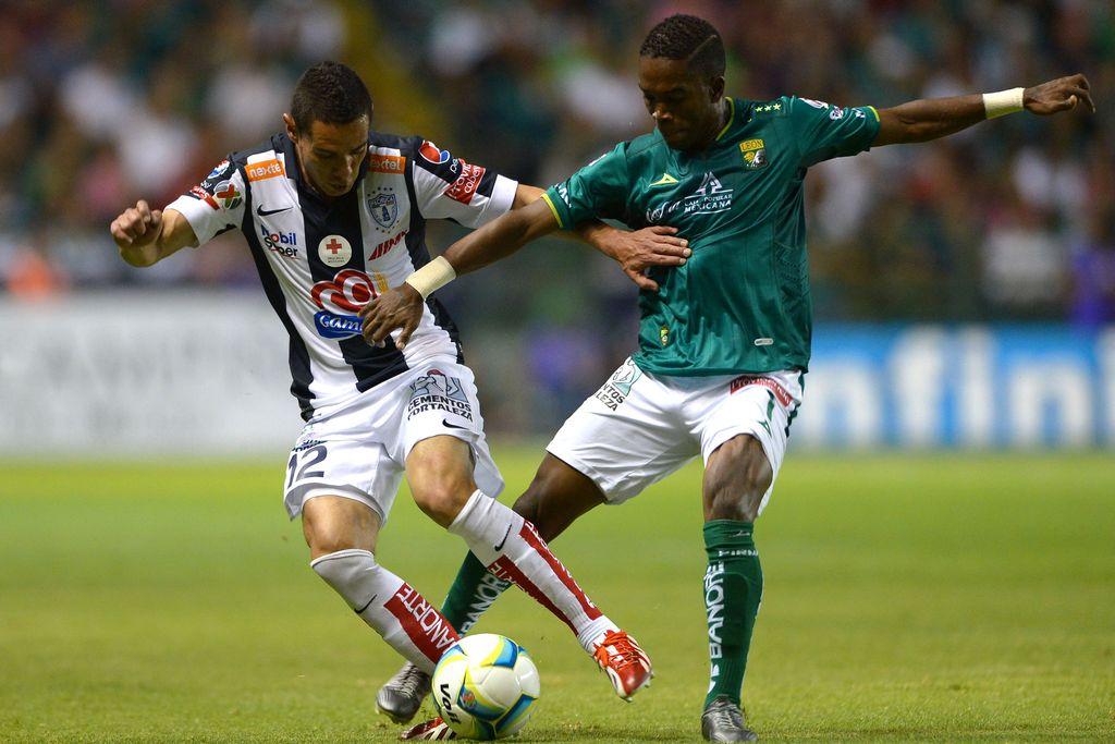 Pachuca y León (verde) no se hicieron daño.