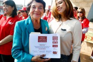 Dolores Huerta, a favor de Curren  Price