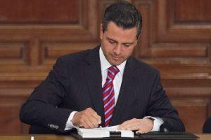 Peña Nieto promulga en sólo 12 días la Ley de Amparo