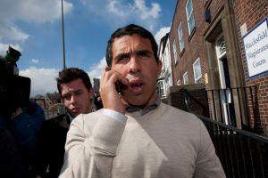 Carlos Tévez es castigado por conducir sin licencia