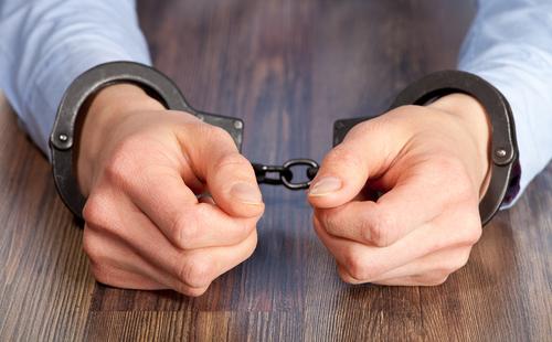 A Martin se le radicaron cargos por uno de los casos, ya que la otra víctima no está cooperando con las autoridades.