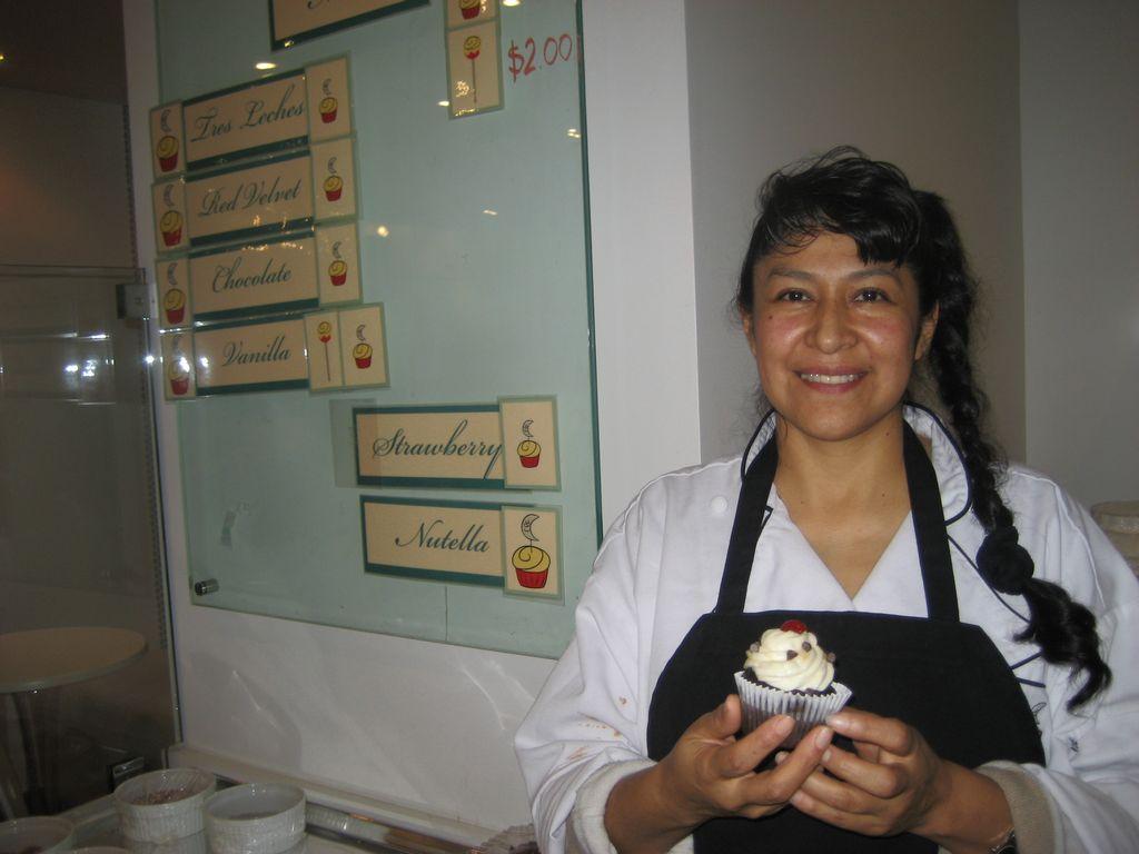 La empresaria Elvia Buendía dice que cuando le pones amor a un negocio es más fácil.