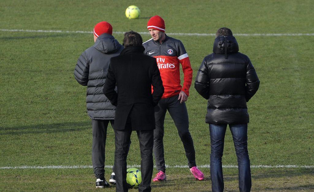 Las críticas a Beckham son injustas, afirma Ancelotti