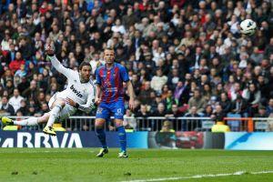Higuaín destapa al Real Madrid contra el Levante (Fotos)