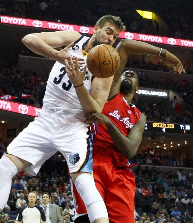 Clippers alargan a 5 racha triunfal