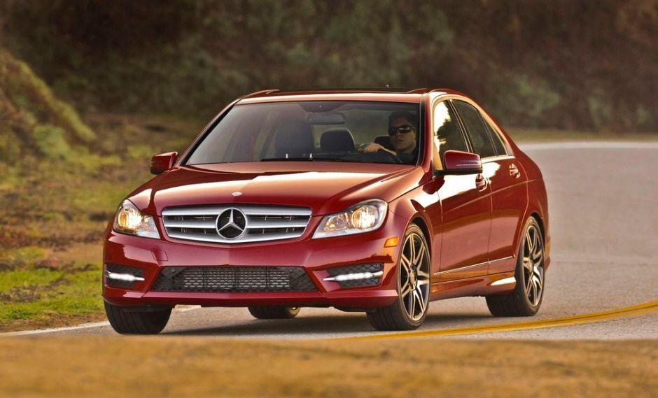 Serie C de Mercedes da pelea a la BMW serie 3 (Fotos y video)