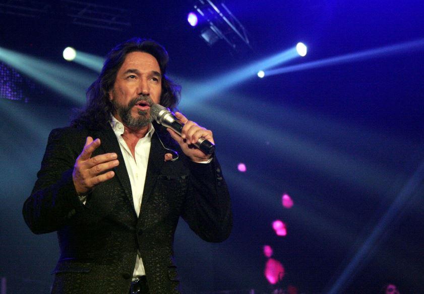 Marco Antonio Solís.