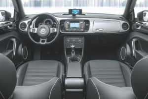 Presenta VW el nuevo iBeetle en Shangai