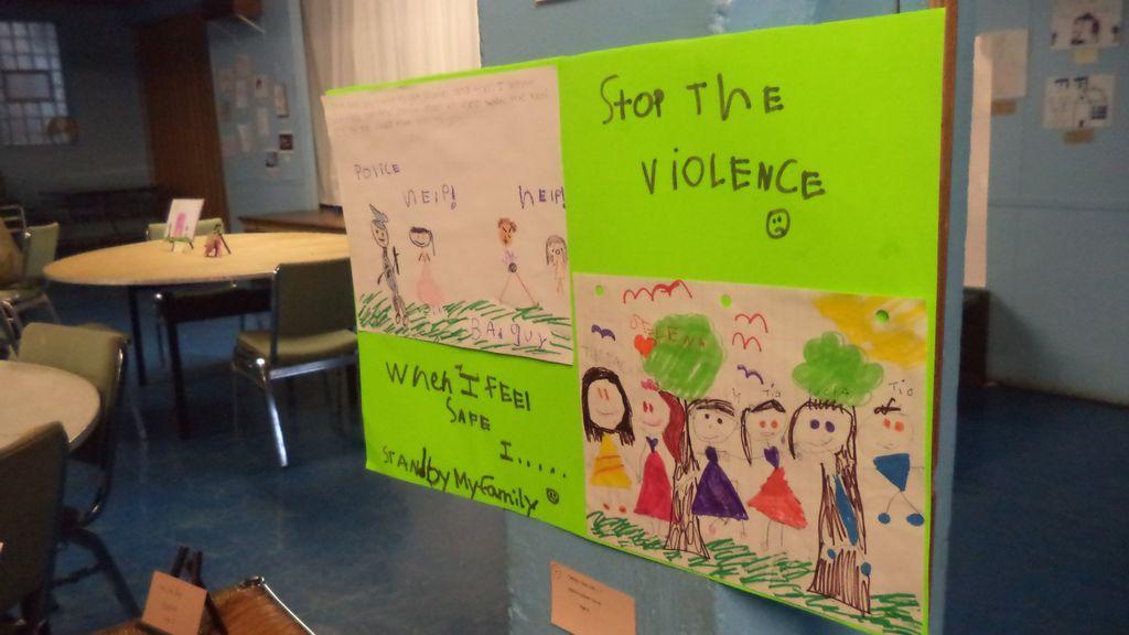 Cómo prevenir exposición de menores a violencia (Fotos)