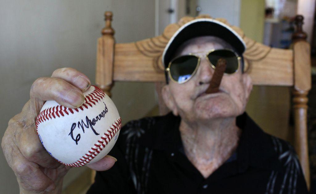 Pelotero cubano Connie Marrero cumple 102 años