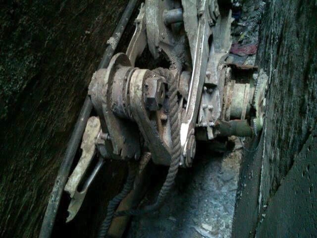 Los restos del aparato no se moverán del lugar —cerca de la la zona cero  de Nueva York— hasta que concluya todo el proceso.