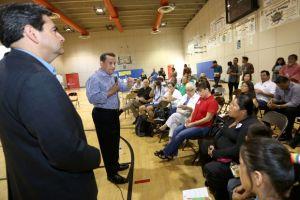 Candidatos al Distrito 1 en LA debaten sus ideas