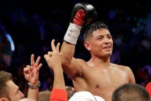 Mexicano Abner Mares es nuevo campeón peso pluma