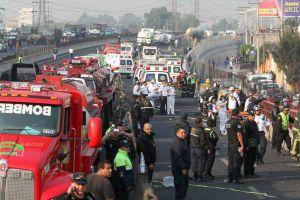Explosión de pipa deja al menos 15 muertos en México (Video)
