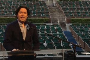 Gustavo Dudamel regresa al Hollywood Bowl