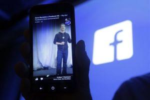 Facebook reduce precios de su primer celular