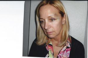 Exministro dominicano es arrestado por golpear a esposa
