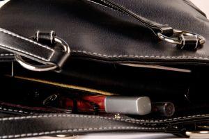 Lo que no debe faltar en tu bolso